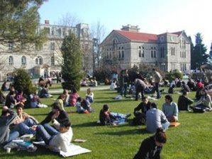 Üniversitelerde alkol yasaklandı!