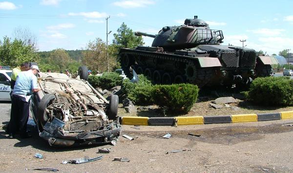 Çorlu'da trafik kazası: 2 yaralı!