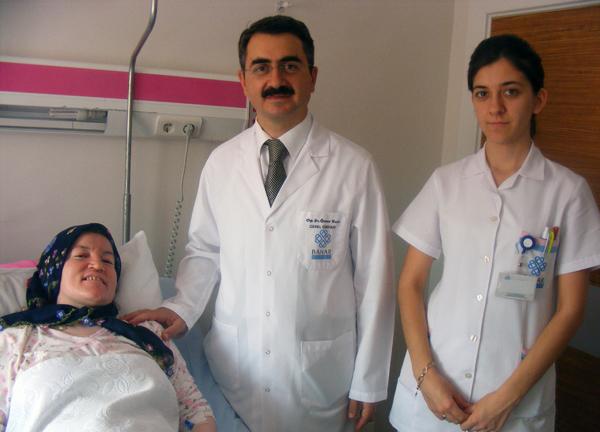 Kiloları için gittiği hastanede 10 kilo ur çıkarıldı!