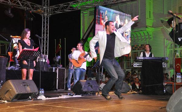 Mudanya'da Refet El Roman coşkusu!