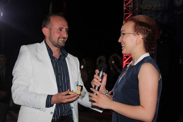 Ahmet Uysal evleniyor!