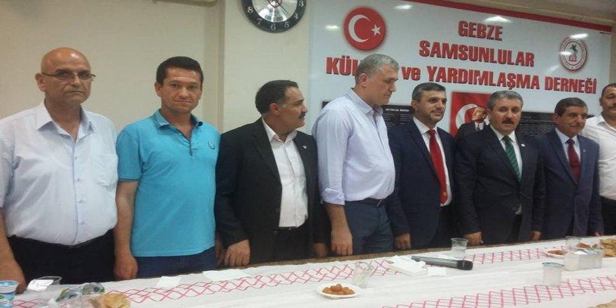 Mustafa Destici,Samsunlular Derneği'nde iftara katıldı