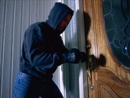 Hırsızlar bayramda boş durmadı!