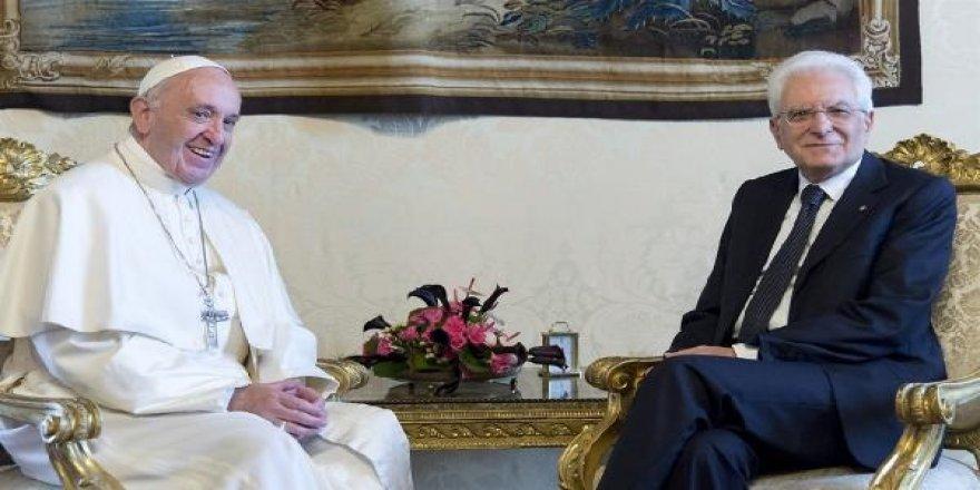 Papa'dan sığınmacı kriziyle ilgili açıklama
