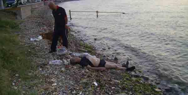 Talihsiz adam denizde boğuldu!