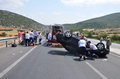 Otomobil takla attı: 4 yaralı!