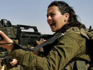 Kadın askerlere özel koruma!