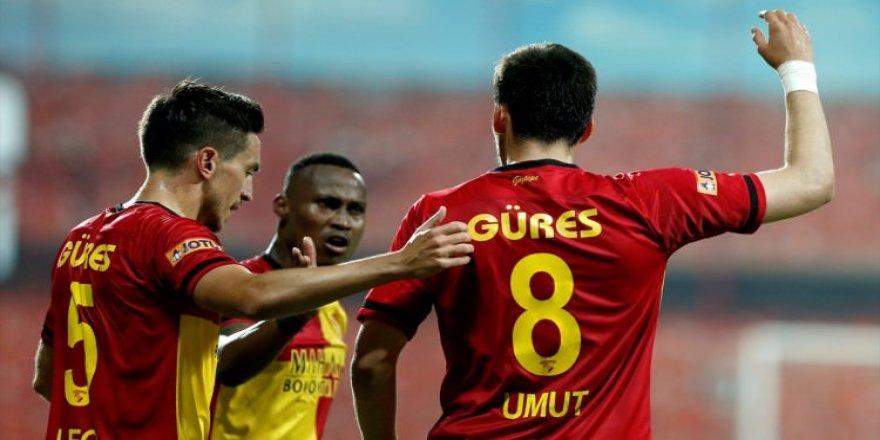 İzmir kulüplerine maddi destek