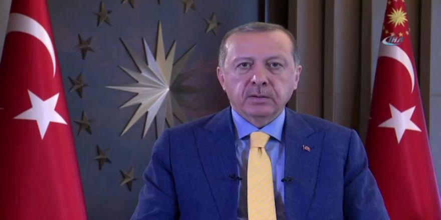 """""""Ülkemizi Bu Tarz Tuzaklarla Teslim Alabileceklerini Sananlara..."""""""