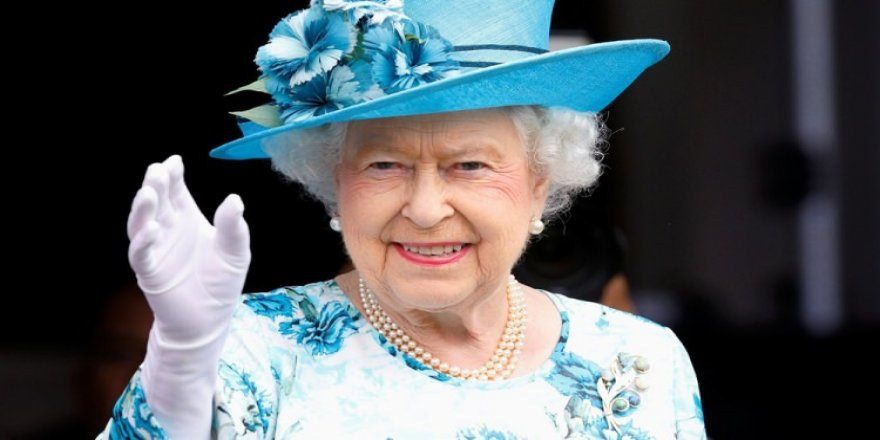 Kraliçenin maaşına zam!