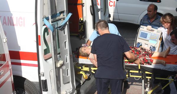 Traktörden düşen yaşlı kadın yaralandı!