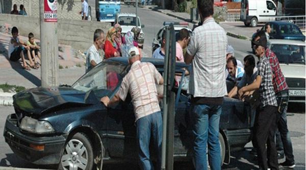 Sakarya'da kaza 2 çocuk 4 yaralı