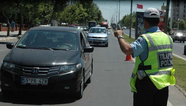 Kusurlu sürücülere ceza yağıyor!
