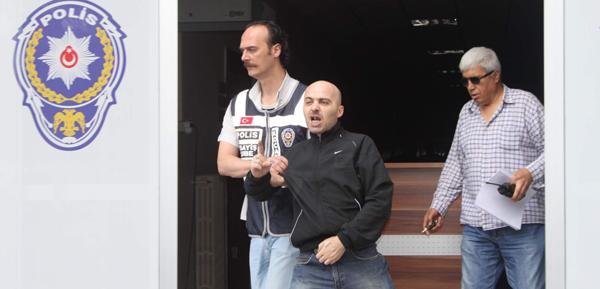 Silahlı saldırgan cezaevine gönderildi!
