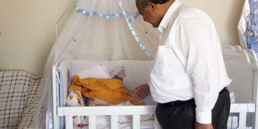 Burhaniye'de Yeni Doğum Yapan Anneler 1 Yılda 912 Kez Ziyaret Edildi