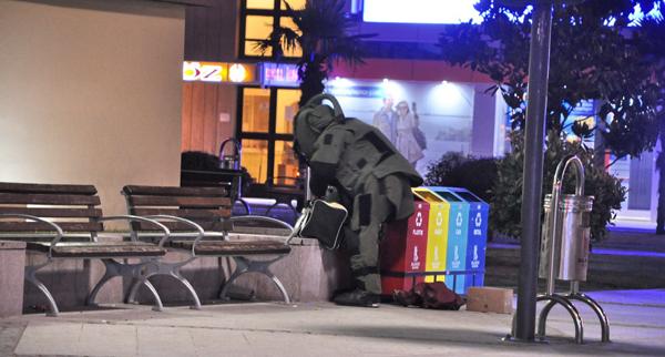 Şüpheli valiz polisi alarma geçirdi!