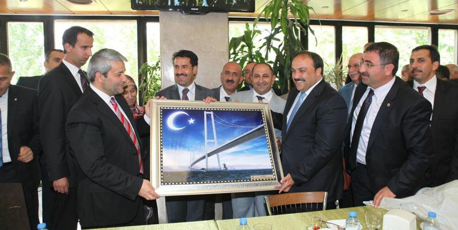Türkiye'nin en büyük projesini hediye ettiler!