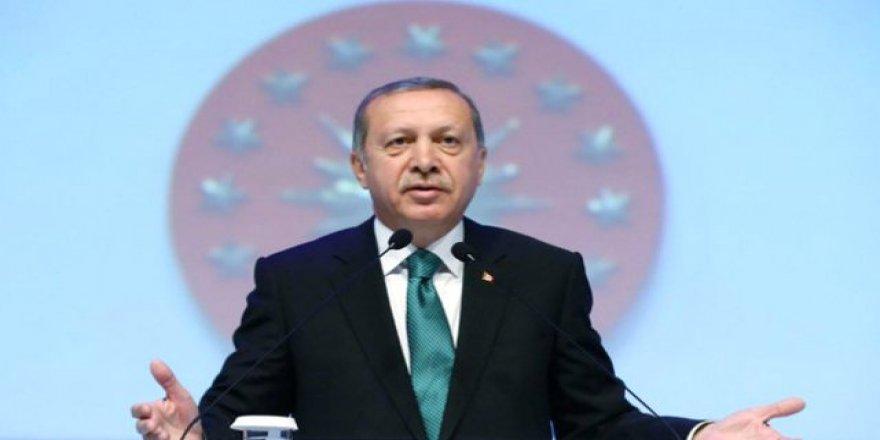 Cumhurbaşkanı Erdoğan'ın güzergahında vinçli eylem
