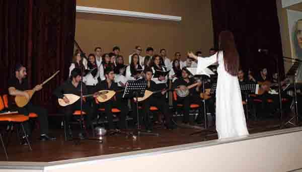 Türk Halk Müziği Korosu'ndan unutulmaz konser!