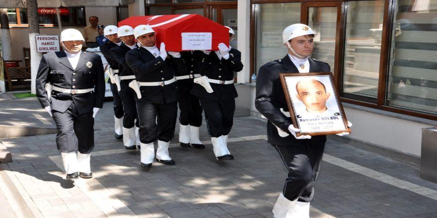 Uşak'ta Şehit Olan Polis İçin Tören Düzenlendi