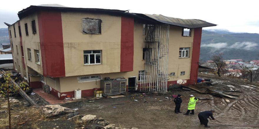 Aladağ'daki Yurt Yangını Davasına Ara Verildi