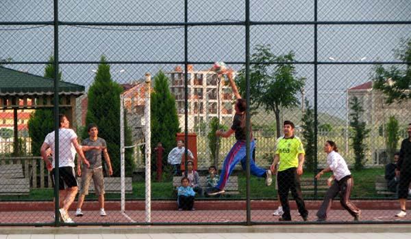 Güzeltepe Konutları'nda Voleybol Turnuvası!