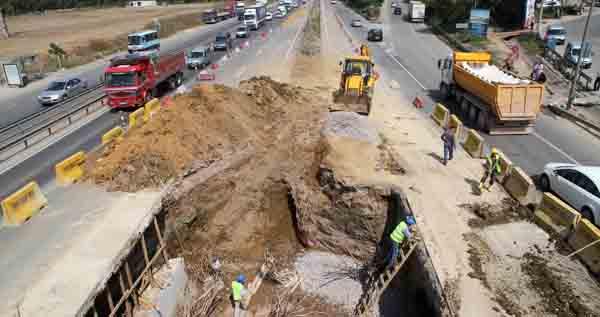 Yaya köprüsü trafiği azaltacak!
