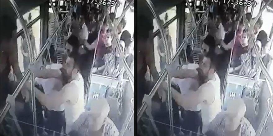 Otobüsün Yolunu Kesip Askerleri Bayılana Kadar Dövdüler