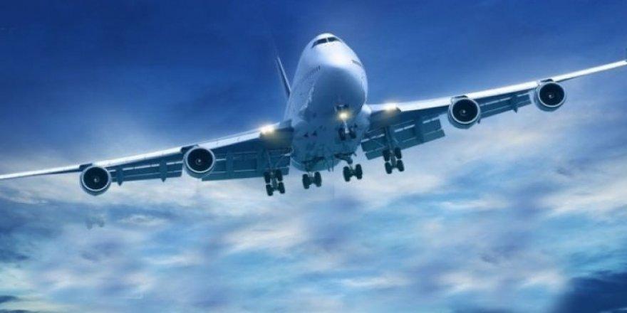Arıza yapan uçak acil iniş yaptı