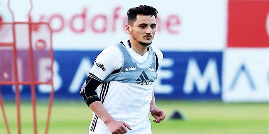 Mustafa Pektemek sürprizi!