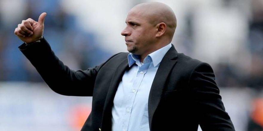 Transferi Roberto Carlos bitiriyor