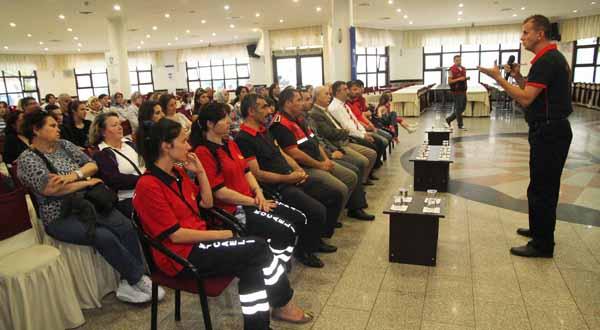 Ev kadınlarına yangın eğitimi!