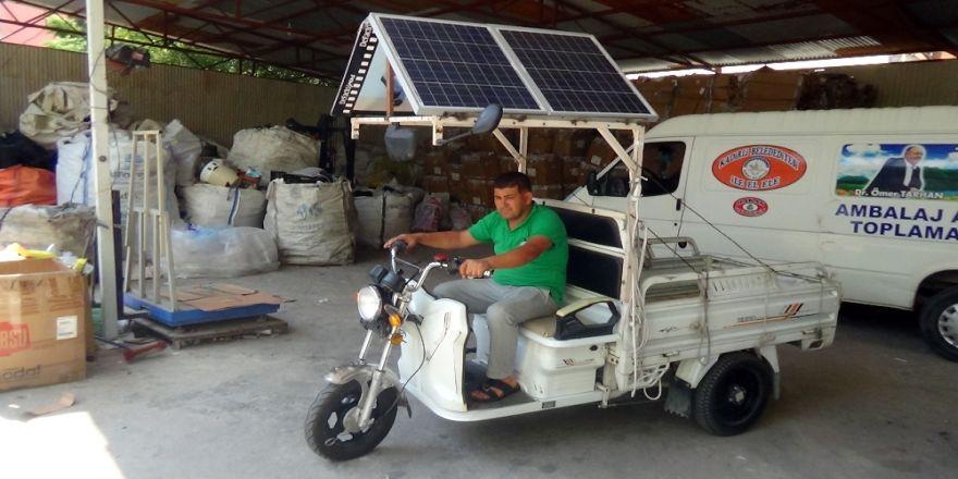 Atık Kağıt Toplayıcısından Çevreci Bisiklet