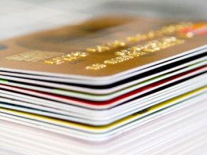 Kart borcunu ödemeyene nakit yok!