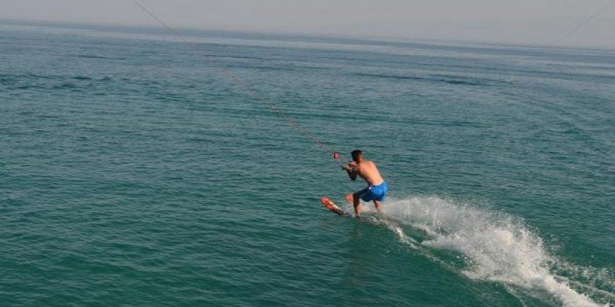 Bitlis'te su kayağı keyfi!