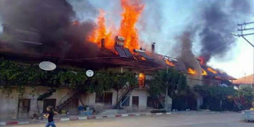 Ekmek Yaparken Çıkan Yangın 6 Evi Kül Etti