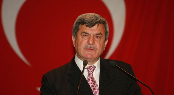 Karaosmanoğlu Gençlik Bayramı'nı kutladı!