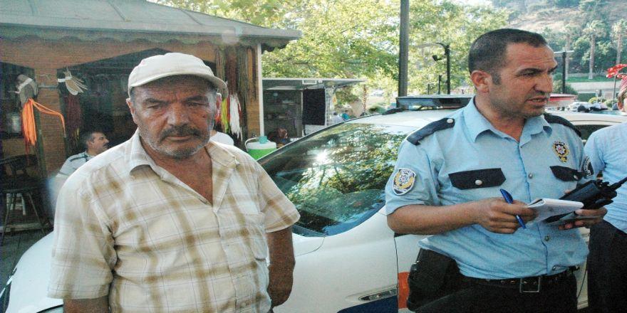 Emekli Maaşını Çekip Otobüse Binen Adama Hırsız Şoku