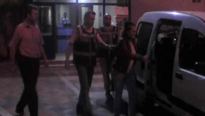 Kocaeli'de fuhuş operasyonu: 2 gözaltı!