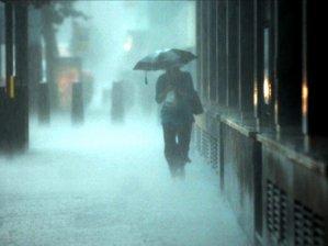 Yağmur geliyor sel ve yıldırıma dikkat!