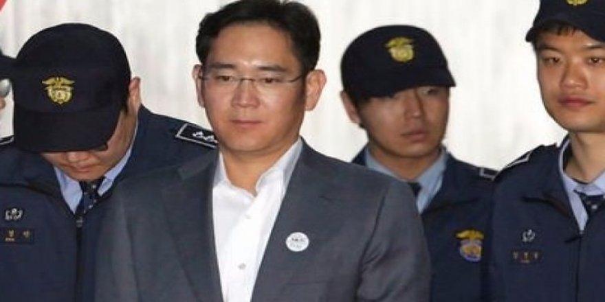 Samsung'un patronuna hapis şoku!