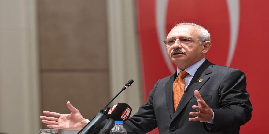 Partisinin Belediye Başkanlarını Topladı