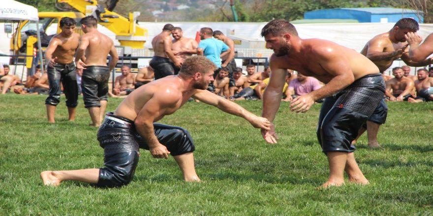 Balaban Şile Yağlı Güreşleri'nde Sakatlık Geçirdi