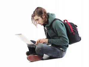 Üniversiteler online ders verecek!