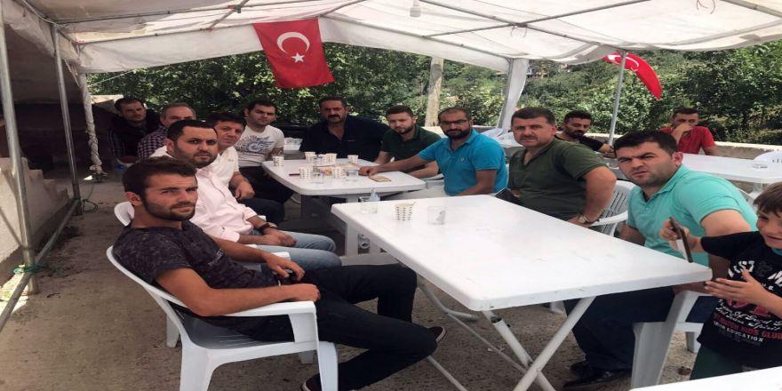 Atiker Konyaspor'dan Eren Bülbül'ün Ailesine Taziye Ziyareti