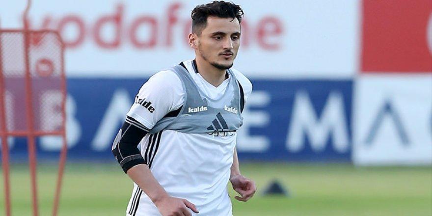 Mustafa Pektemek'e kanca!