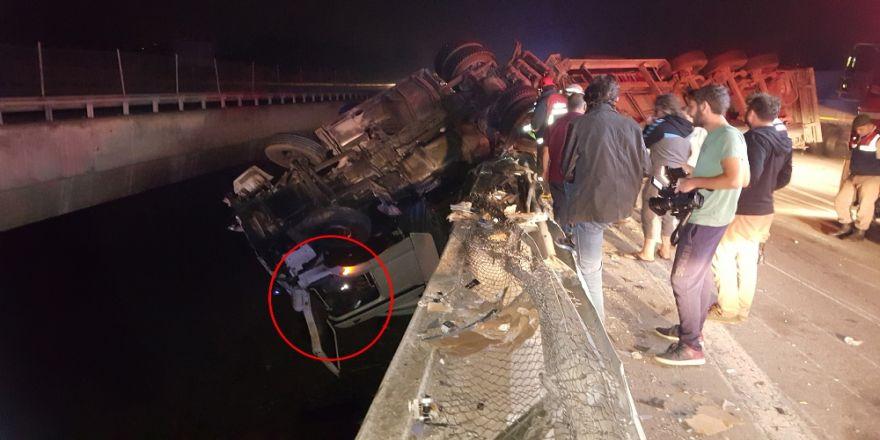 Köprüden uçan tırdan, şoförün akılalmaz kurtuluşu