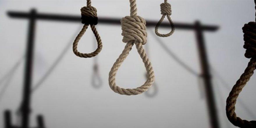 Aynı aileden 7 kişi infaz edildi!
