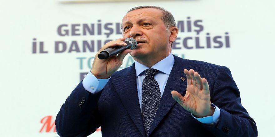 """""""Sen Kimsin Ki Türkiye'nin Cumhurbaşkanına Konuşuyorsun? """""""