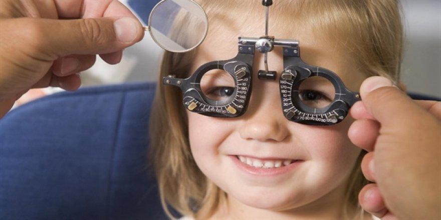 Çocuğunuzu her yıl göz doktoruna götürün